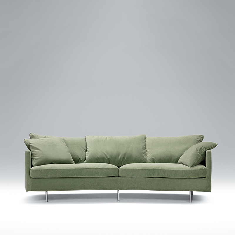 Here we have the gorgeous Jules 3 seater velvet sofa. Available in a range of sizes and colours. Shop today!